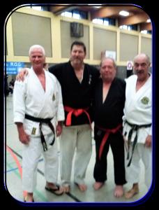 Henk, Tony Finken (Duitsland) Heinz Kohnen (Zwitserland en assistent  John.